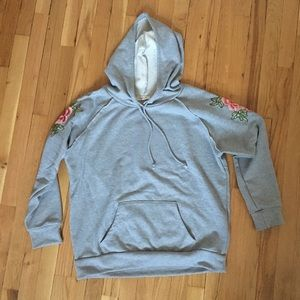 Grey hoodie with floral appliqué// size large